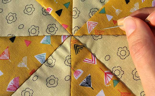 The Quilting Bee presented by Craftio Divina