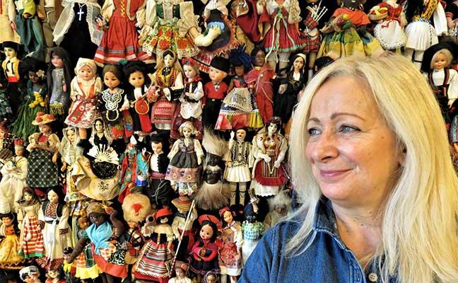 Cultural Crossroads by Eva Mileusnic